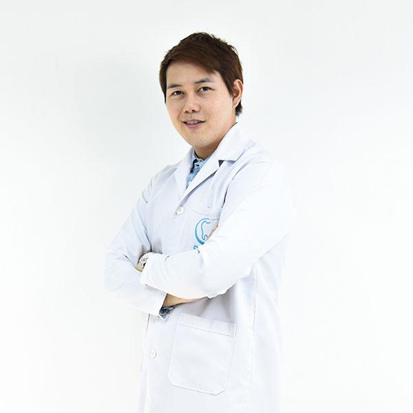 ทันตแพทย์ กิรกุล ช่วยชู