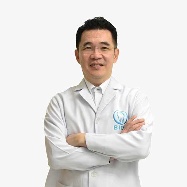 ผู้ช่วยศาสตราจารย์ ทันตแพทย์ สมชัย มโนพัฒนกุล